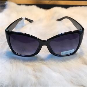 H by Halston Sunglasses Cats Eye Black Plastic L
